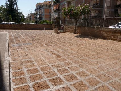 Piazzale Condominio - Roma